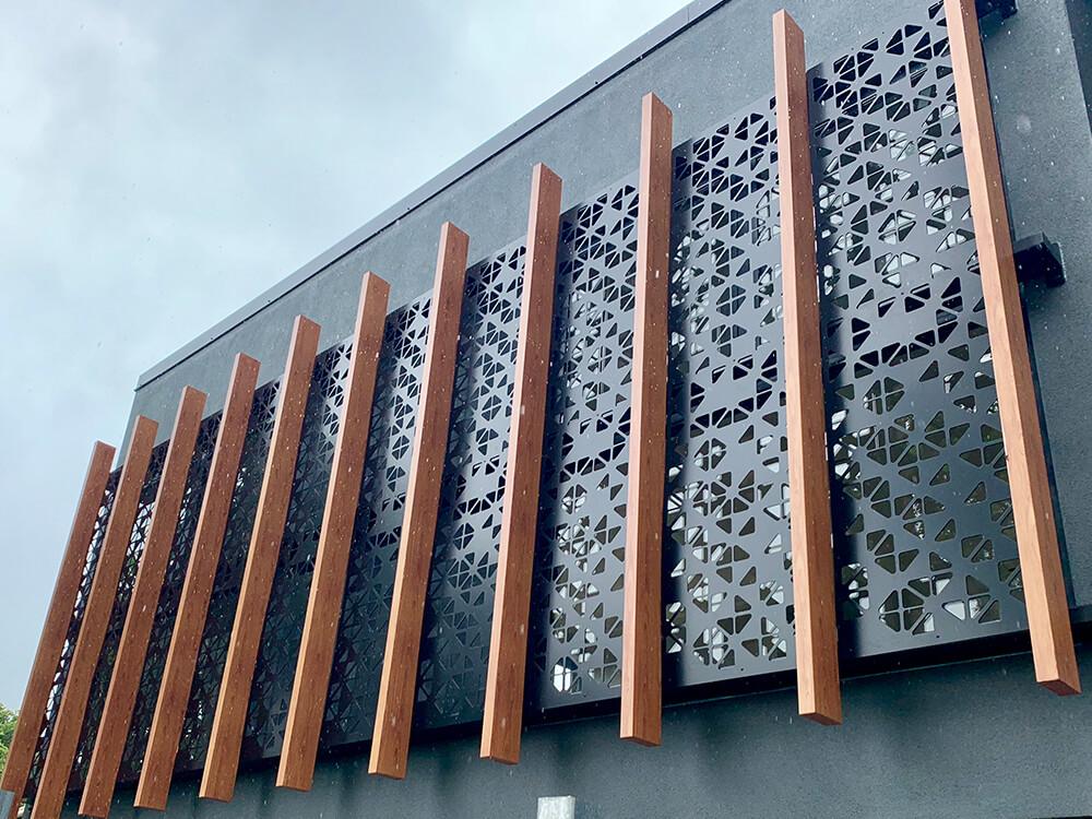 Aluminium Fencing and Screens
